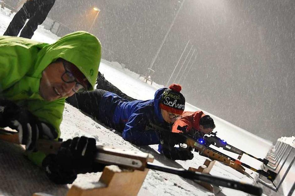 Biathlon wie die Profis – BZ-Leser konnten den Sport einmal selbst ausprobieren. (Foto: Sophia Hesser)