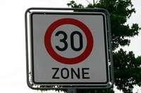 Vörstetten von Lieferengpass für Tempo-30-Schilder betroffen