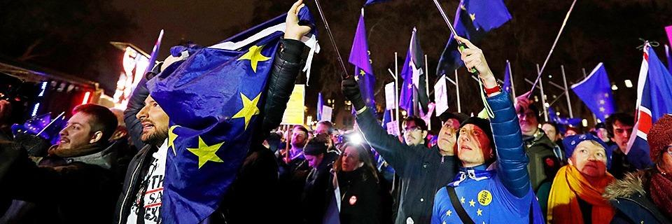 Live-Blog: Britisches Parlament lehnt Brexit-Abkommen ab - Misstrauensantrag