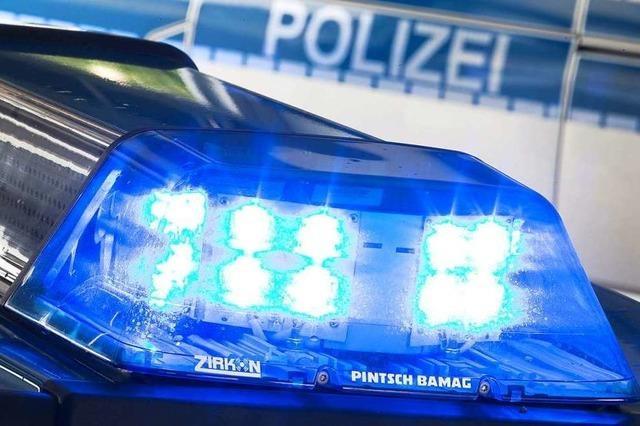 Alkoholisierter schlägt Scheibe am Rheinfelder Bahnhof ein