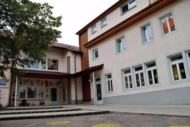 Grundschule in Wallbach hat einen neuen Namen