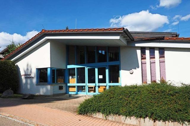 St. Peter investiert in Festhalle, Bad und neuen Unimog
