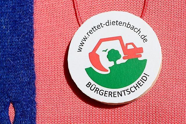 Dietenbach-Gegner eröffnen in Freiburg den Wahlkampf