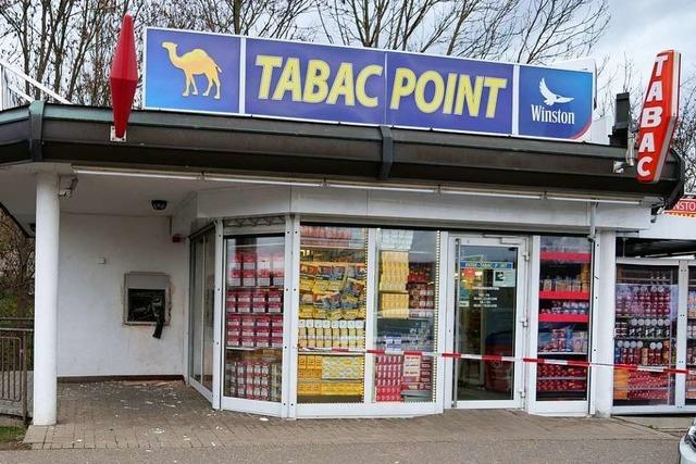 Unbekannte sprengen Geldautomat am Breisacher Grenzübergang
