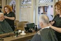Haarkreationen in vierter Generation