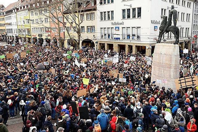3500 Schülerinnen und Schüler setzen ein Ausrufezeichen