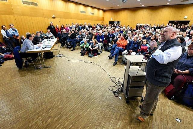 Erster Schlagabtausch zwischen Gegnern und Befürwortern des Stadtteils Dietenbach