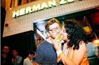 """Was der Brexit für die südbadisch-britische Imbiskette """"Herman ze German"""" bedeutet"""