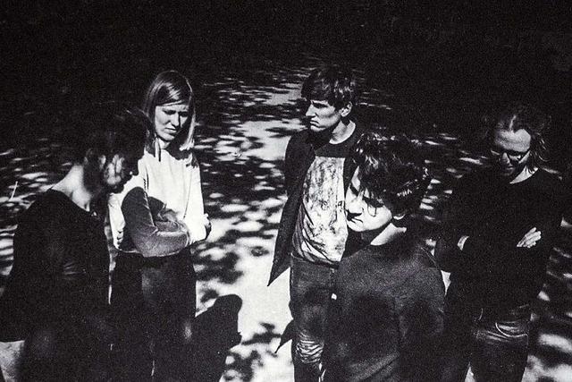 Am Sonntag spielt die Postpunk-Band Whispering Songs im Slow Club