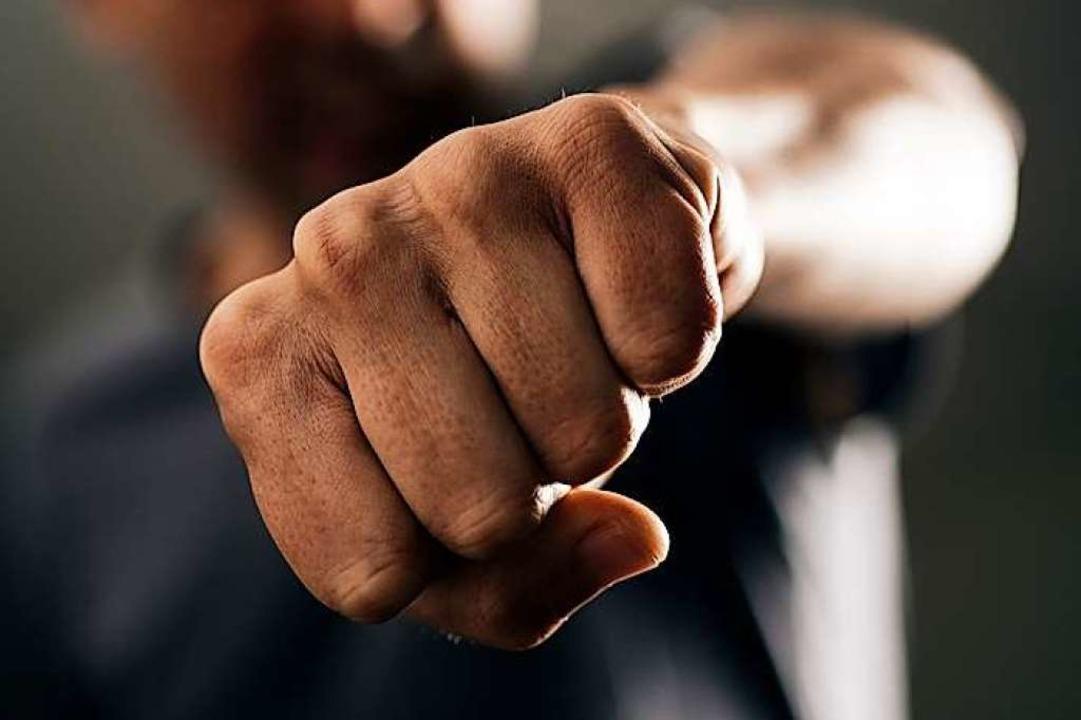 Bei der Auseinandersetzung in Mahlberg...Tee und ein Messer benutzt worden sein  | Foto: Nito (Fotolia.com)
