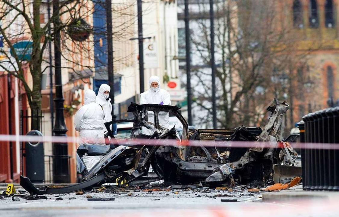 Die Polizei hat die militante Gruppier...derry zur Explosion gebracht zu haben.  | Foto: AFP
