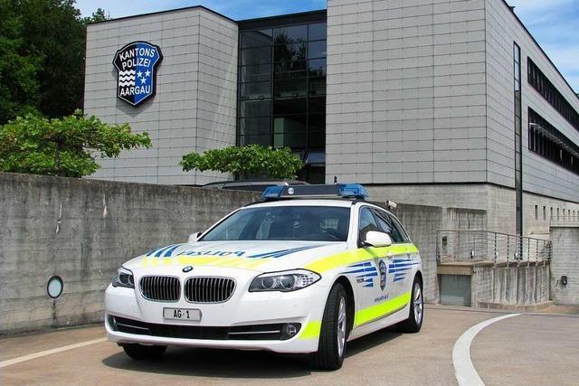 Schweizer Polizei beschlagnahmt Auto eines deutschen Rasers