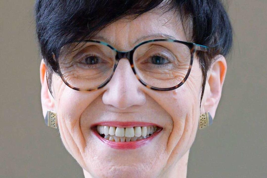 Ria Hinken, 66, ist Netzwerkerin und Leiterin des Projektes Alterskompetenz.de.  | Foto: Ingo Schneider