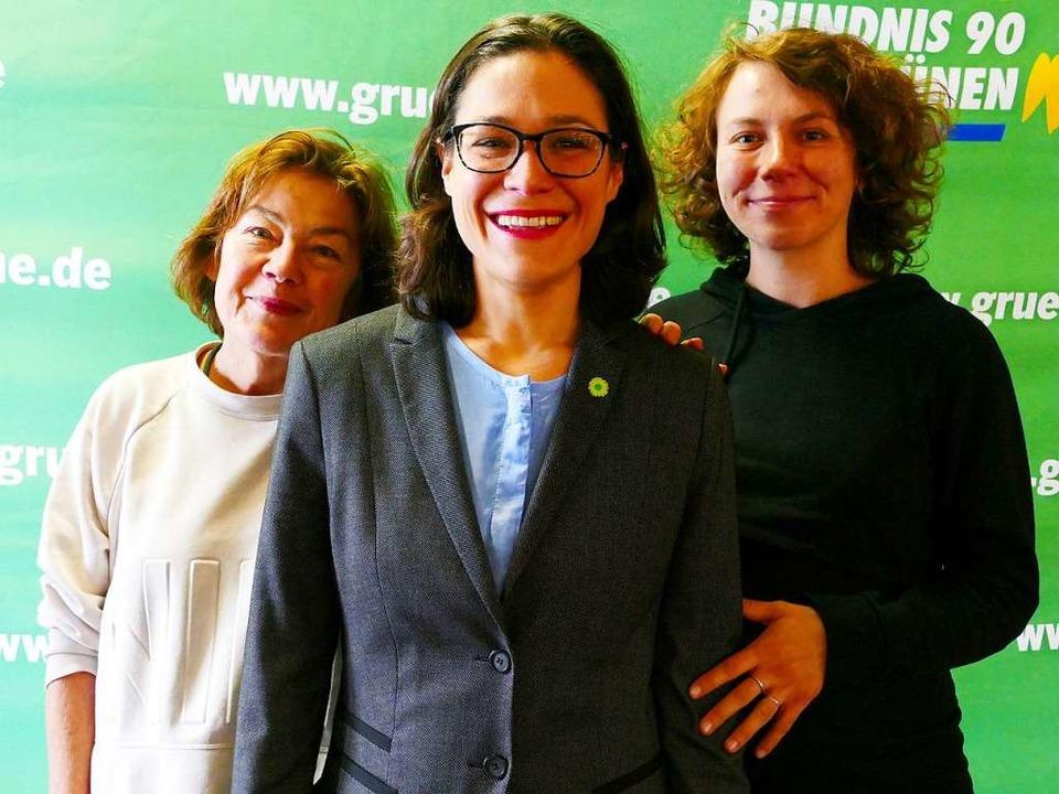 Weibliches Spitzentrio (von links): Ma...then, Nadyne Saint-Cast, Sophie Schwer  | Foto: Uwe Mauch
