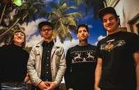 """Die Freiburger Band """"Between Owls"""" veröffentlicht ihr Debütalbum """"Wellness"""""""