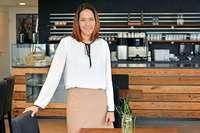 """Das neue Restaurant """"Weiche"""" in Freiburg trainiert Flüchtlinge für Gastro-Jobs"""