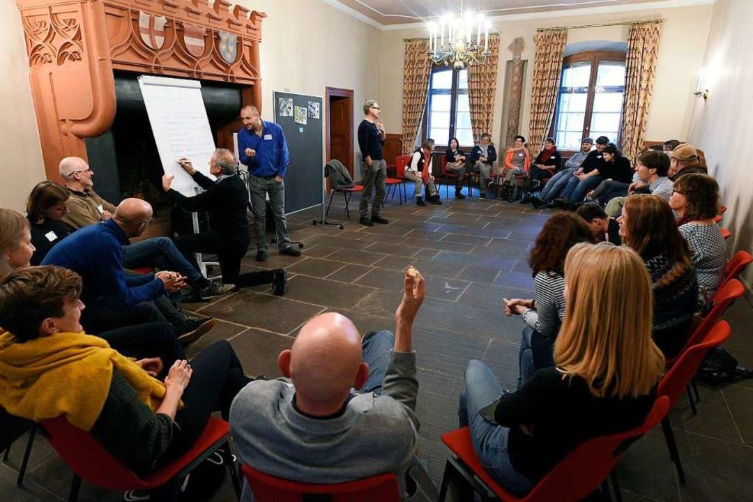 In ein dutzend Gesprächsrunden haben s...ngt davon ab, was daraus gemacht wird.  | Foto: Thomas Kunz