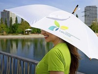 Mit LGS-Schirm im Trockenen oder gut beschattet