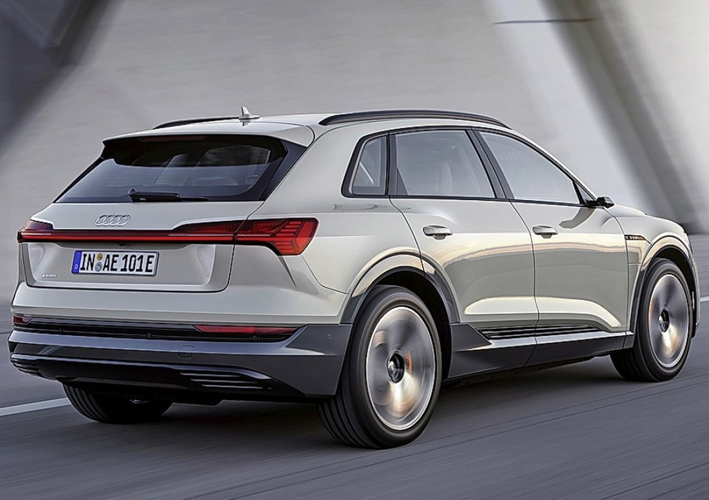 Der Audi E-Tron ist ein vollelektrisch... elektrische Modell der Ingolstädter.   | Foto: Audi AG/dpa