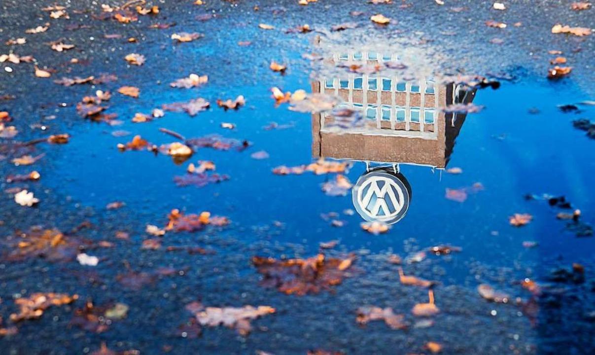 Viele Jobs seien am VW-Standort Wolfsburg  bedroht, so die Autoren der Studie.    Foto: dpa