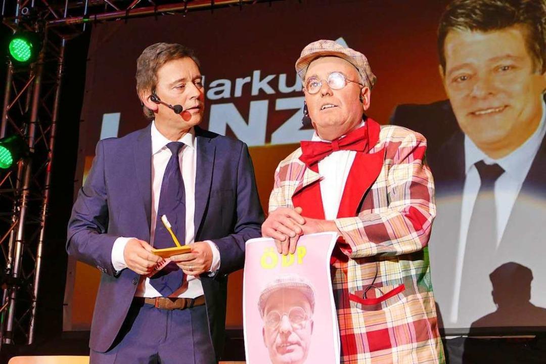 "Moderator Markus Lanz alias Jürgen Bäu...beschorsch"" alias Uli Meier vor.  | Foto: Hrvoje Miloslavic"