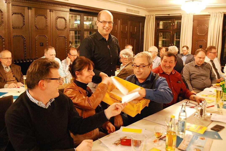Die Mitglieder folgten bei der Listena...g den Vorschlägen des Kreisvorstandes.    Foto: Thomas Loisl Mink