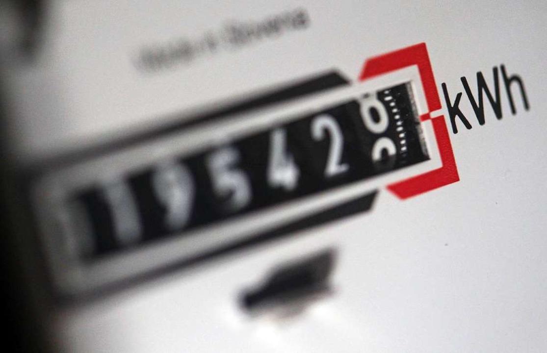 Das Lahrer E-Werk Mittelbaden  erhöht Strompreise zum 1. April  | Foto: dpa