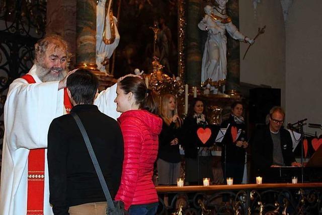 Ein Wortgottesdienst am Valentinstag richtete sich an liebende Paare