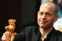 """Drama """"Synonyme"""" gewinnt überraschend den Goldenen Bären"""