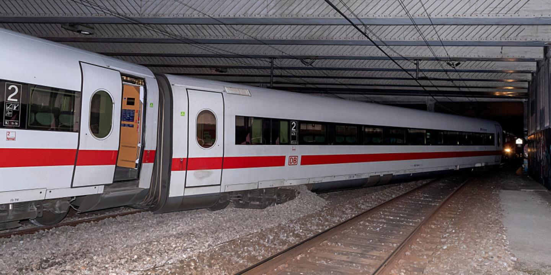 Ursache unklar: ICE aus Berlin mit 240 Menschen in Basel entgleist