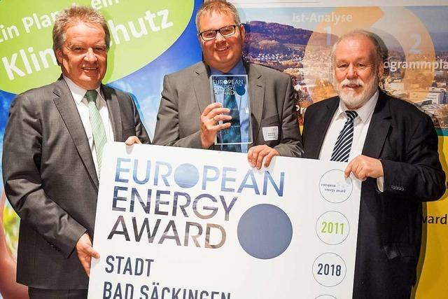 Umweltminister Untersteller zeichnet Bad Säckingen aus