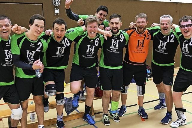 Neustadts Volleyballern gelingt der erste Sieg