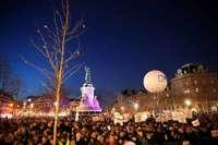 Zehntausende bei Demonstration gegen Antisemitismus in Paris
