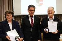 Gemeinde Buchenbach verleiht Ehrenmedaillen