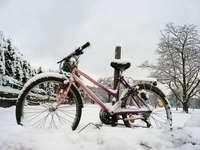 Warum Fahrradketten im Winter so schnell rosten