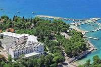 Genießen Sie den Frühling in Kroatien, mit Sonderflug ab Basel, Halbpension und Ausflügen auf Inseln und zu den PlitvicerSeen!