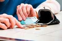 Wie viele Rentner sind von Altersarmut betroffen?