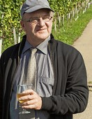 Weinbaupräsident Schneider hört auf