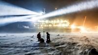 Forscher frieren Schiff in der Arktis ein