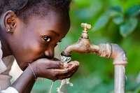 Zwei Milliarden Menschen haben keinen Zugang zu sicherem Trinkwasser