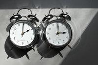 Welche Fakten stecken hinter den Vor- und Nachteilen der Zeitumstellung?