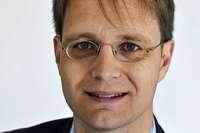 UNTERM STRICH: Manege frei für den Professor
