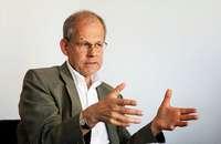 Ist die Zinsstruktur ein Indikator der künftigen Konjunkturentwicklung, Herr Landmann?