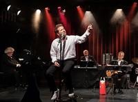 "Christian Jott Jenny und das Zürcher Staatsorchester mit ""Quandf on'a pas ce qu' on aime"" im Basler Tabourettli"