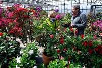 Besucher trotzen beim Frühlingsfest am Mundenhof dem Wetter