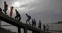 """Wirbelsturm """"Fani"""" erreicht Bangladesch"""
