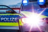 Polizei stoppt Düsseldorfer Ultras auf Autobahn und sucht jetzt Zeugen der Schlägerei mit SC-Ultras