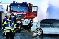 E-Autos und E-Bikes stellen Feuerwehren vor Probleme