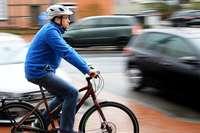 Senioren auf dem Elektrofahrrad: Warum Sicherheitstraining so wichtig ist