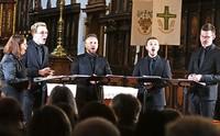 Calmus Ensemble sorgt für atemlose Stille im Fridolinsmünster